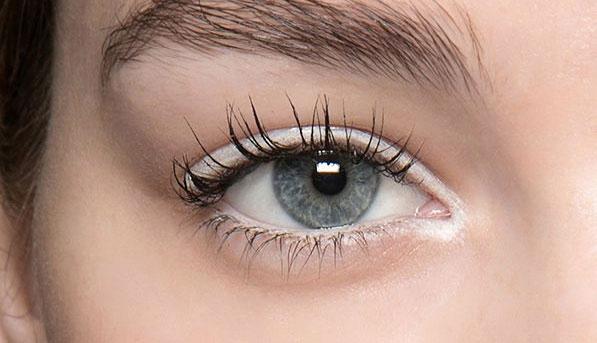 خط چشم سفید