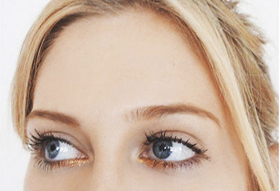 خط چشم متالیک