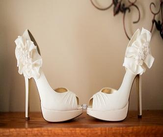 نکاتی برای انتخاب کفش مناسب برای عروس خانمها