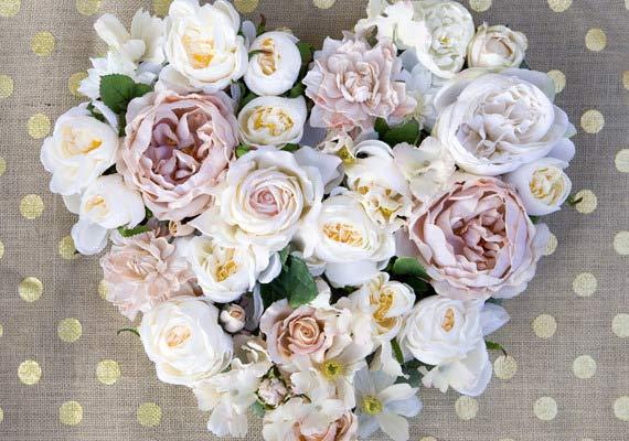 به مناسبت های مختلف برای خودتون یا هرکسی که دوست دارید یک تابلو پر از گل درست کنید