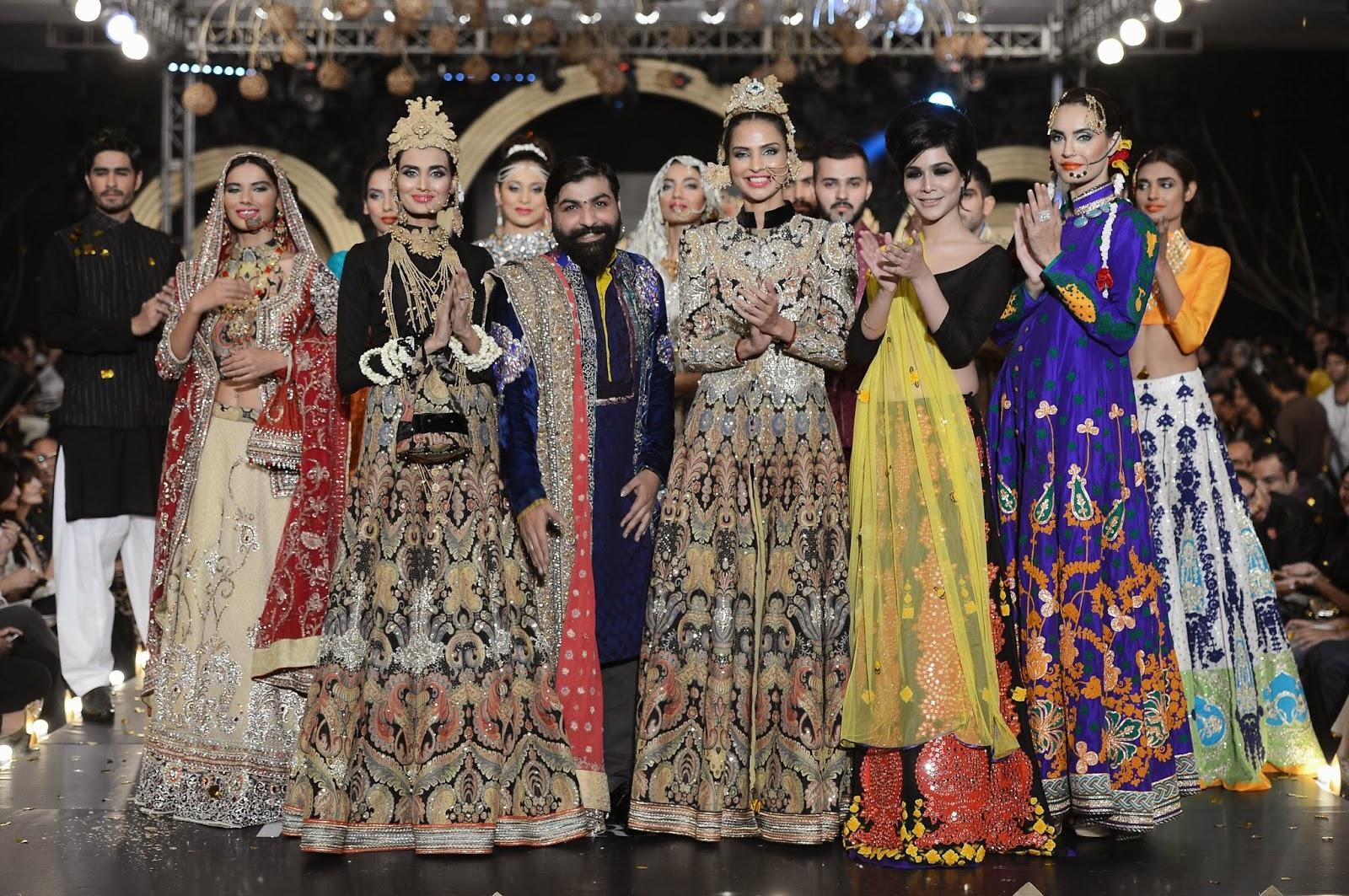 مجموعه های طراحان پاکستانی در هفته مد کراچی