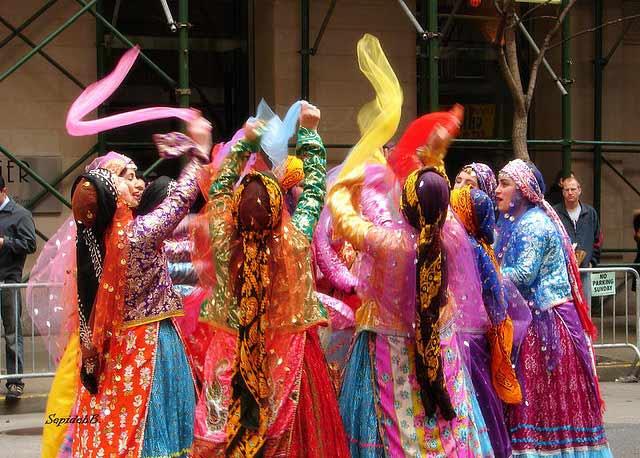هشتمین جشنواره ی بین المللی فرهنگ اقوام ایران زمین