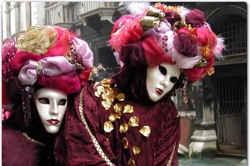 مشهورترین و قدیمی ترین کارناوال ایتالیا