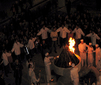 جشنی در فاصله ی یلدا و نوروز