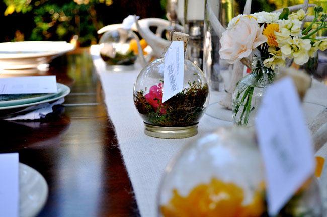 با یک توپ شیشه ای و چند تا گل گلدون خودتونو بسازید