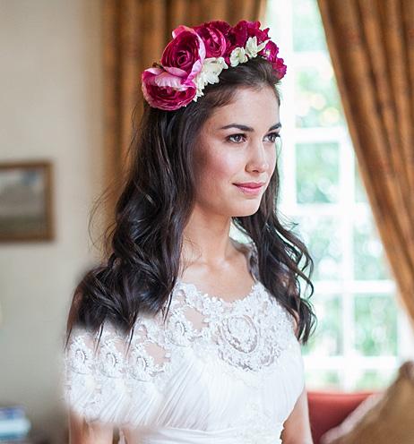 مدل تاج های جدید با گل طبیعی برای عروس  خانمهای 2015
