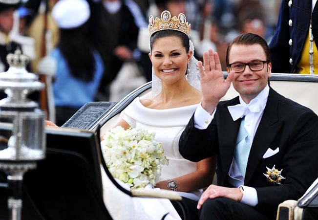 نامزدی دختر سنت شکن پادشاه سوئد با مربی ورزش