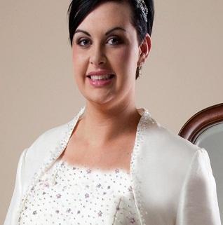 4 راه حل برای کابوس خانم های درشت اندام در هنگام خرید لباس عروس