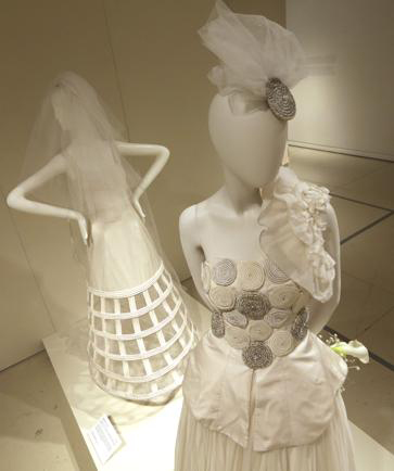 سیر تکاملی لباس عروس در قرن 19