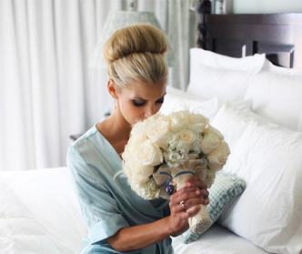 چه چیزایی تو خرید دسته گل عروسی تاثیر داره