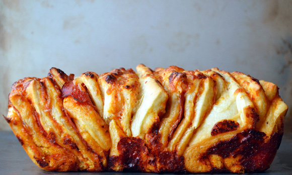 یک پیتزای سالم و خوشمزه در دو سوت