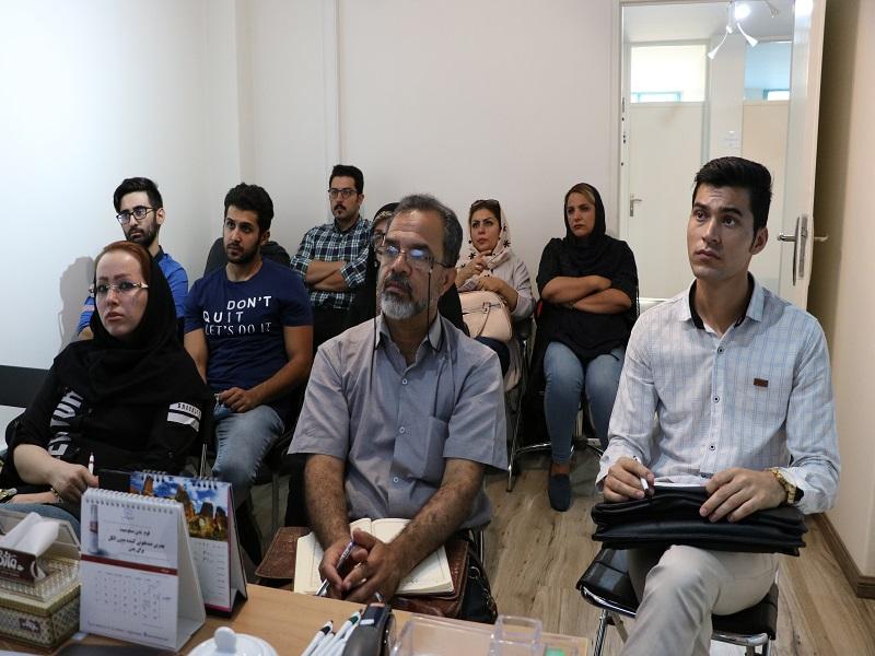 برگزاری جلسه آموزشی در دفتر مرکزی شرکت کیتوتک